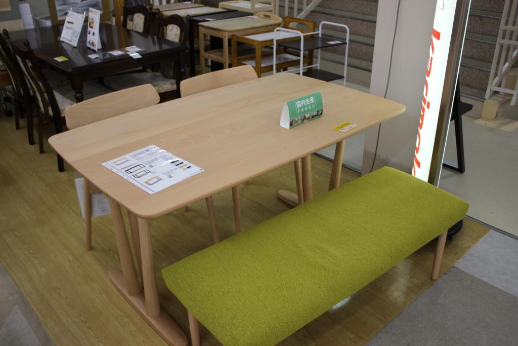 食堂テーブル+椅子(ピュアビーチ)